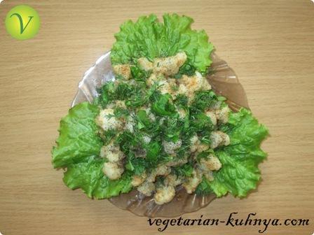 Простой салат с цветной капустой