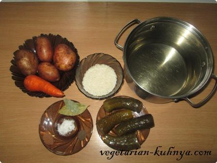 Ингредиенты для вегетарианского рассольника