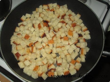 Сухарики для супа-пюре пожарить