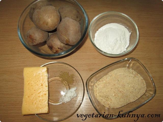 Ингредиенты для картофельных палочек с сыром